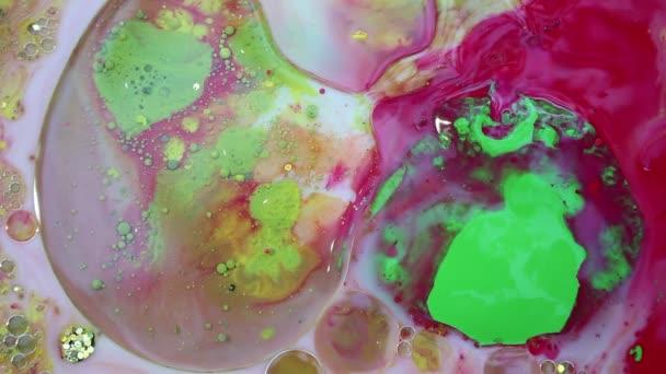Abstraktní barevné inkoustové tekuté barvy explodují difúze psychedelické exploze pohybu