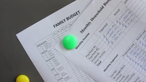 monthly expense tracker calculator spending planner family keeps