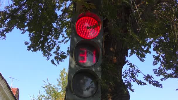 Ampel an der Kreuzung erzeugt einen Countdown