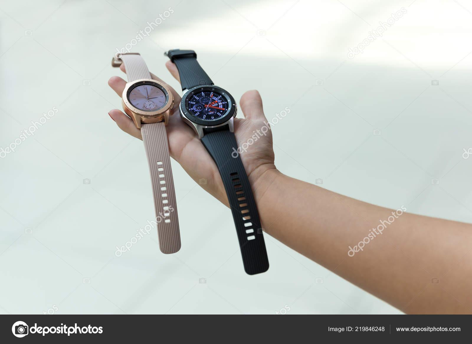 Belgrade Serbia September 2018 New Samsung Galaxy Watch R800