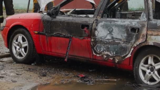 Bobruisk, Bělorusko - 25 července 2018: Spálené auto po aktu terorismu