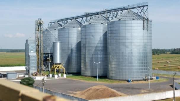 Complesso per lo stoccaggio di colza e altri grani, agro-alimentare
