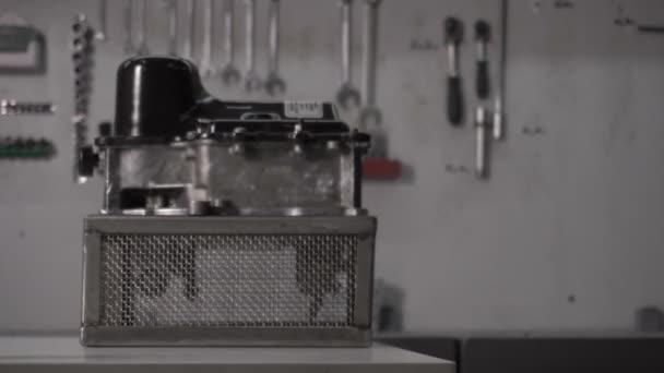 Moderní robotické automatickou převodovkou Dsg 7 a hydroaccumulator v čerpací stanici, porucha