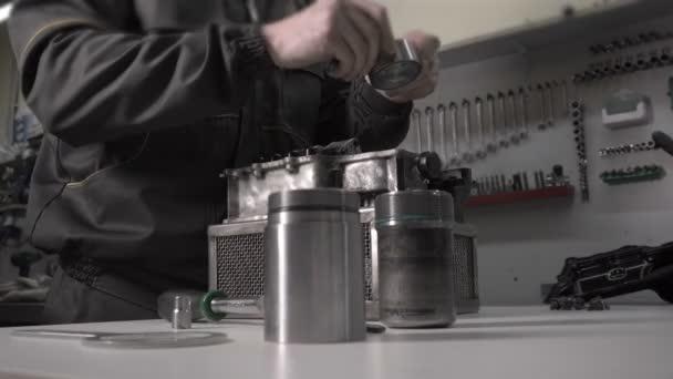 Mechanik je nahrazení hydroaccumulator v automatickou převodovkou Dsg, suchý úchop, dva disk