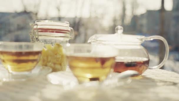 Zátiší ovoce čaje na čerstvém vzduchu