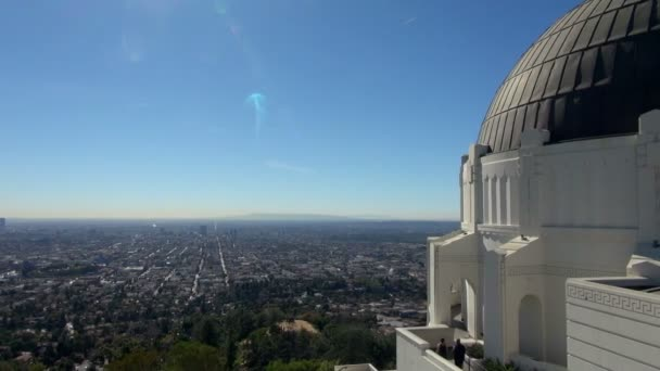 Panning Griffith Observatory to Los Angeles Basin: CA, Los Angeles, United States of America