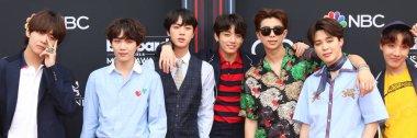 LAS VEGAS - MAY 20:  BTS, Jin, Suga, J-Hope, RM, Jimin, V, Jungkook, Rap Monster at the 2018 Billboard Music Awards at MGM Grand Garden Arena on May 20, 2018 in Las Vegas, NV