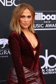 LAS VEGAS - MAY 20:  Jennifer Lopez at the 2018 Billboard Music Awards at MGM Grand Garden Arena on May 20, 2018 in Las Vegas, NV