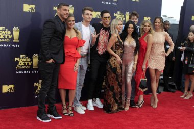 LOS ANGELES - JUN 16:  Jax Taylor, Brittany Cartwright, James Kennedy, Ariana Madix, Tom Sandoval, Scheana Shay, Stassi Schroeder, Kristen Doute,  Tom Schwartz at the 2018 MTV Movie And TV Awards at the Barker Hanger on June 16, 2018 in Santa Monica,
