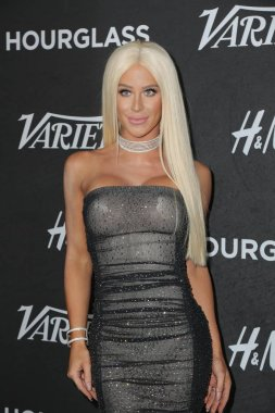LOS ANGELES - AUG 28:  Gigi Gorgeous, Giselle Loren Lazzarato at the Variety's Power of Young Hollywood Party at the Sunset Tower Hotel on August 28, 2018 in Los Angeles, CA