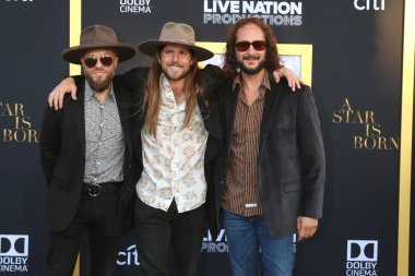 LOS ANGELES - SEP 24:  Lukas Nelson, Band at the