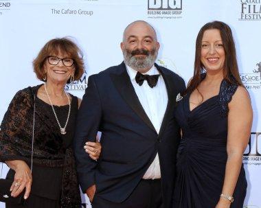 AVALON - SEP 29:  Susan Cohen, Craig E Shapiro, Kim Lash at the Catalina Film Festival - Saturday Red Carpet at the Casino on September 29, 2018 in Avalon, CA