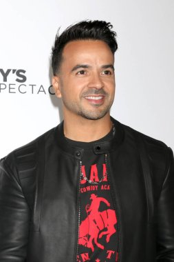 LOS ANGELES - OCT 6:  Luis Fonsi at the Mickey's 90th Spectacular Taping at the Shrine Auditorium on October 6, 2018 in Los Angeles, CA