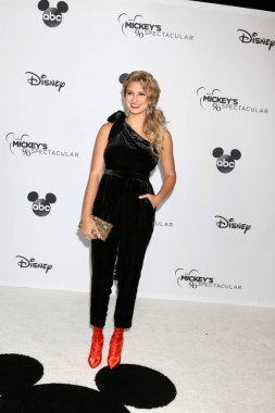 LOS ANGELES - OCT 6:  Tori Kelly at the Mickey's 90th Spectacular Taping at the Shrine Auditorium on October 6, 2018 in Los Angeles, CA