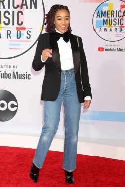 LOS ANGELES - OCT 9:  Amandla Stenberg at the 2018 American Music Awards at the Microsoft Theater on October 9, 2018 in Los Angeles, CA