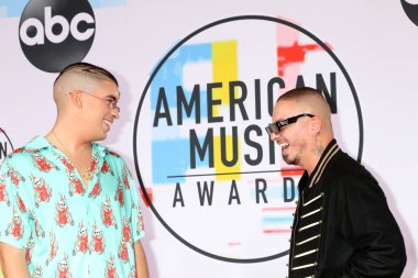 LOS ANGELES - OCT 9:  Bad Bunny, J Balvin at the 2018 American Music Awards at the Microsoft Theater on October 9, 2018 in Los Angeles, CA