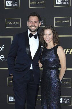 LOS ANGELES - OCT 12:  Eliah Seton, Carianne Marshall at the City of Hope Gala at the Barker Hanger on October 12, 2018 in Santa Monica, CA