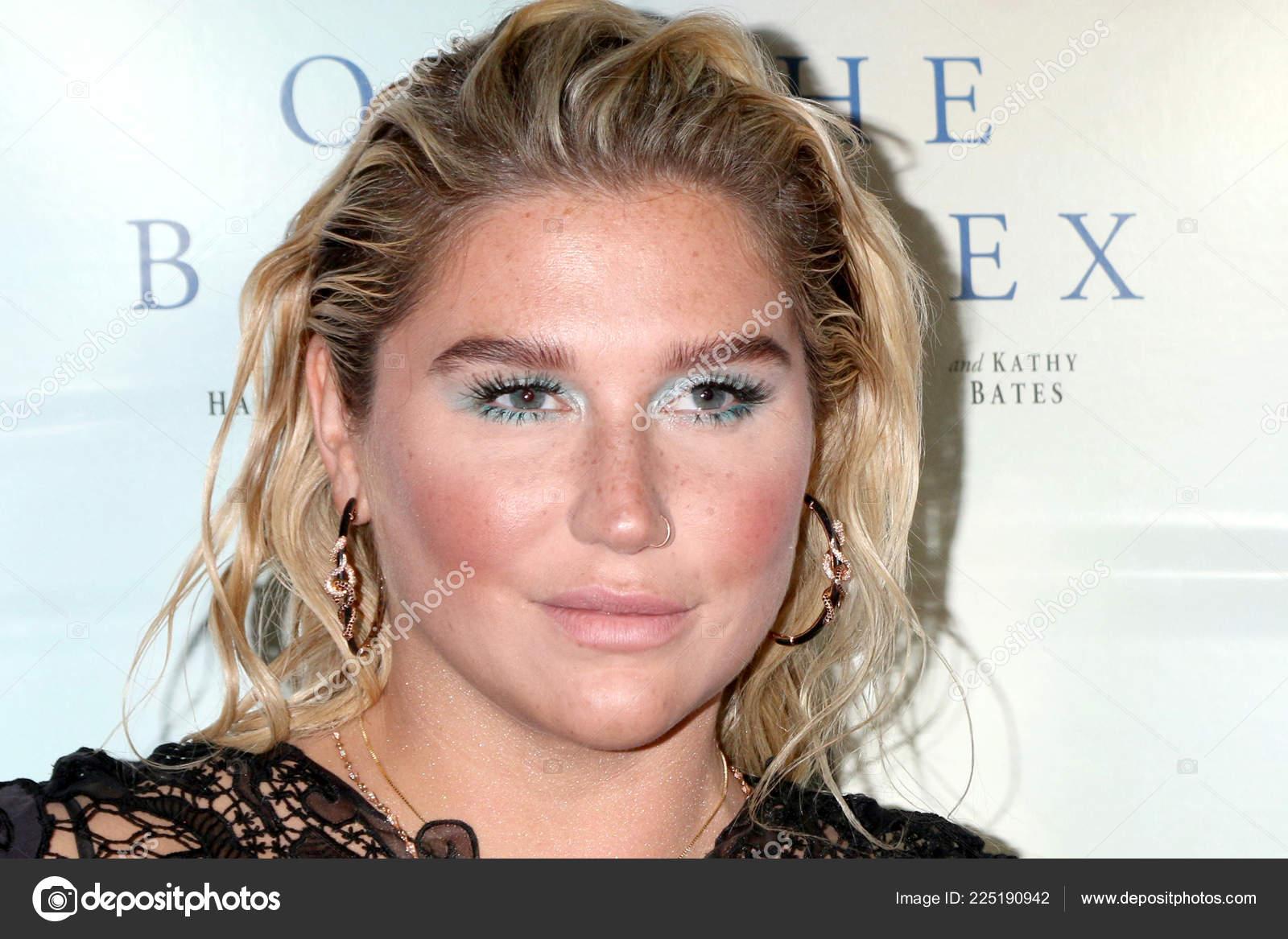 Kesha сексуал