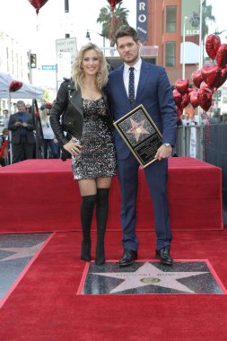 LOS ANGELES - NOV 16:  Luisana Lopilato, Michael Buble at the Michael Buble Star Ceremony on the Hollywood Walk of Fame on November 16, 2018 in Los Angeles, CA