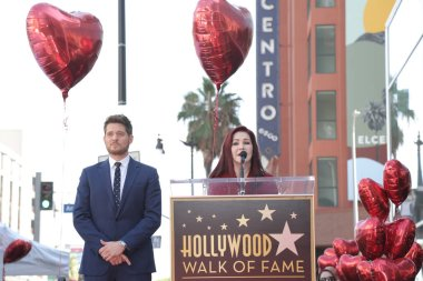 LOS ANGELES - NOV 16:  Michael Buble, Priscilla Presley at the Michael Buble Star Ceremony on the Hollywood Walk of Fame on November 16, 2018 in Los Angeles, CA