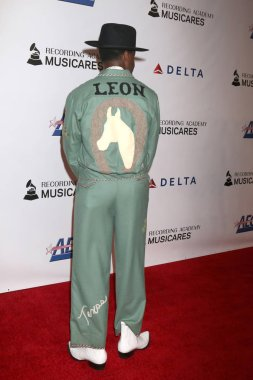 LOS ANGELES - FEB 8:  Leon Bridges at the MusiCares Person of the Year Gala at the LA Convention Center on February 8, 2019 in Los Angeles, CA