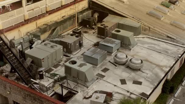 Klimatizace na střeše domu, Charleston, Jižní Karolína, Usa, od roku 2016