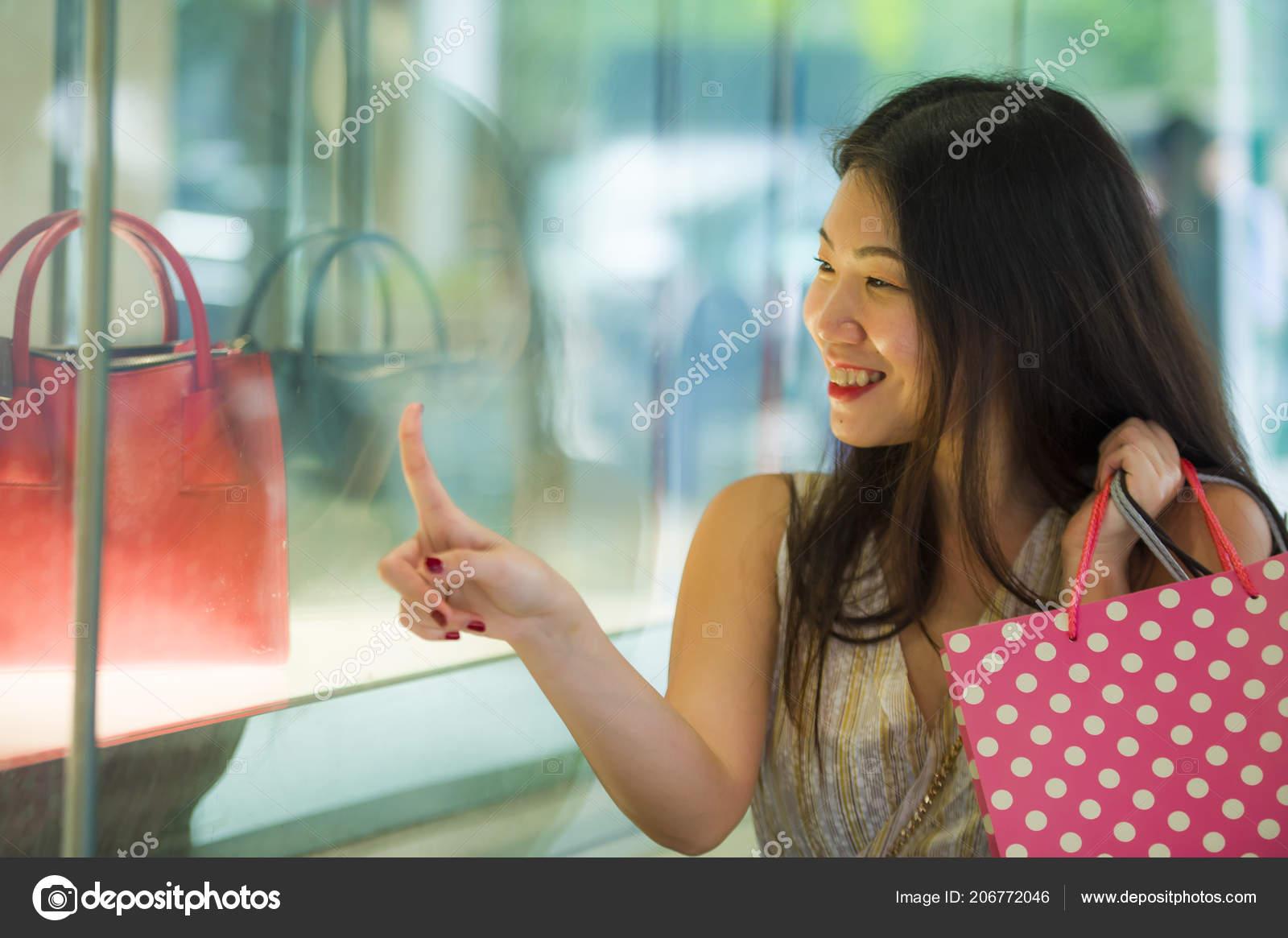 fille asiatique datant site Web calendrier playlist de matchmaking