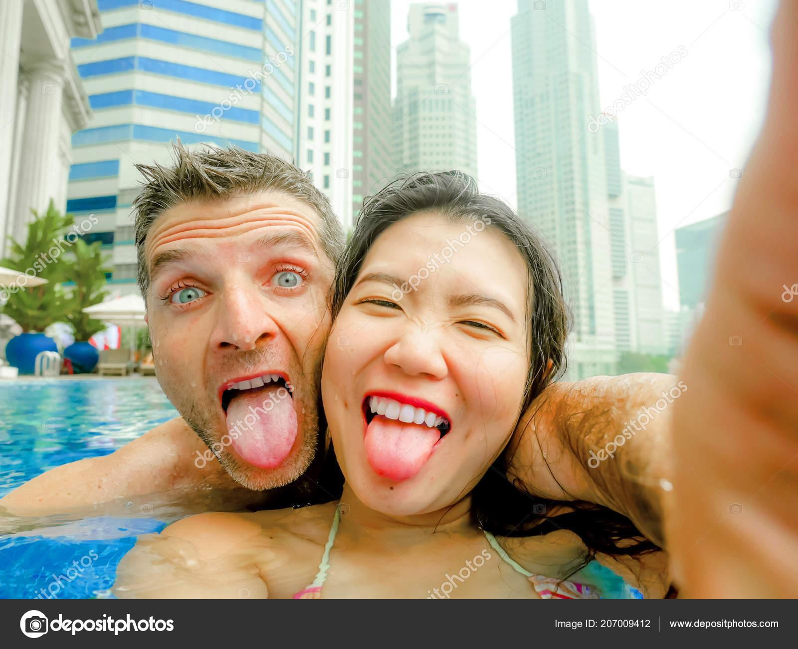 Filipina bar girls nude