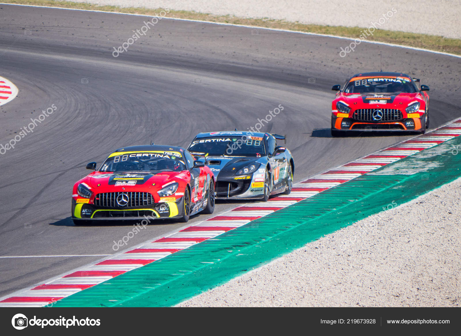 Circuito Montmelo : Montmelo barcelona españa carreras autos circuito u2014 foto editorial