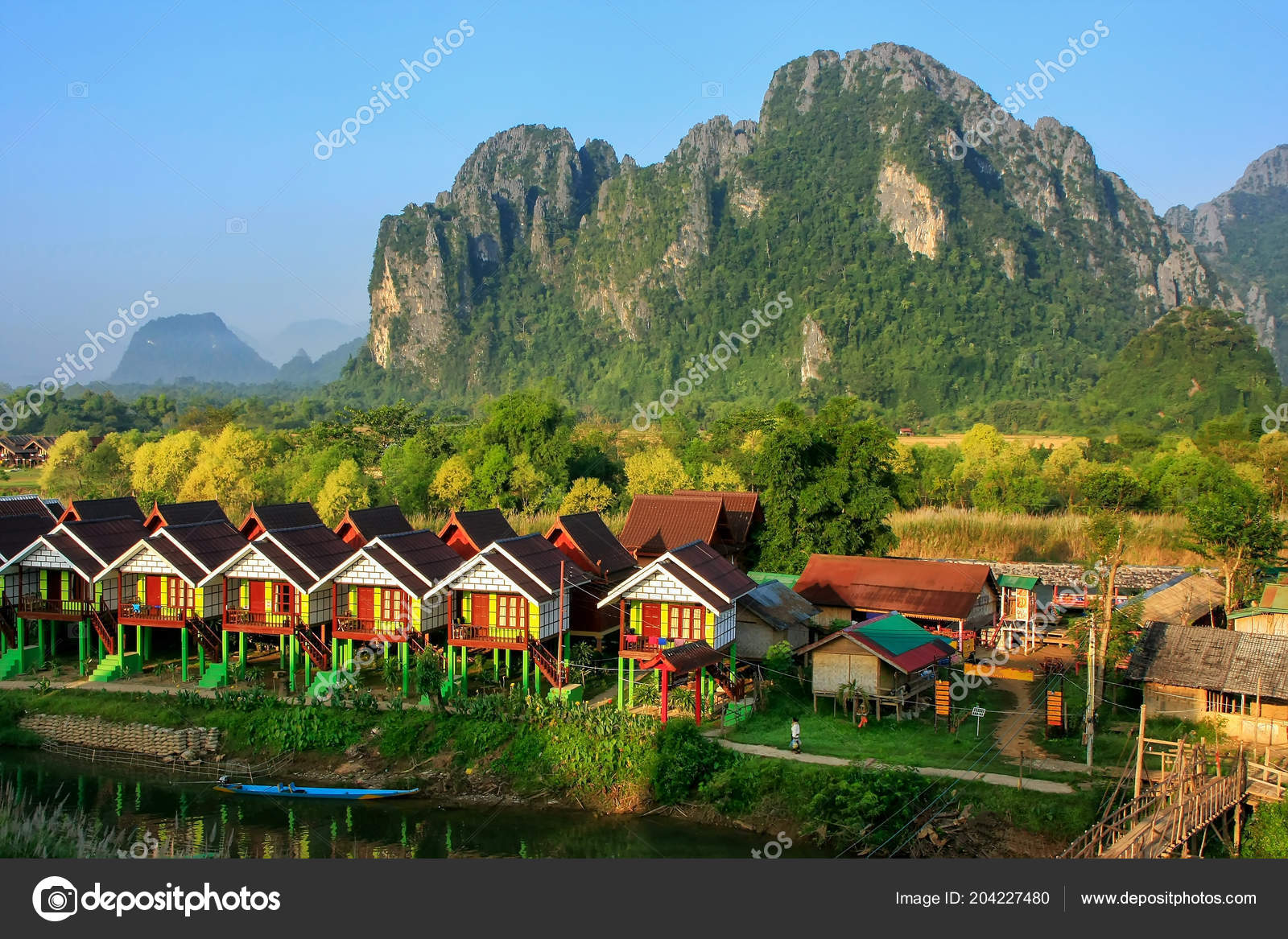 Row Tourist Bungalows Nam Song River Vang Vieng Vientiane