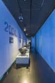 MUNICH, NÉMETORSZÁG - 2018. március 17.: A BMW Welt belső tere, a BMW multifunkcionális ügyfélélmény és kiállítási létesítménye. Tervezője a COOP HIMMELB (L) AU.