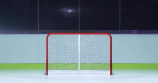 hokejové hřiště s brankář prostoru fron pohled a fotoaparát flash za hokejový stadion krytý 4k záběry komerční pozadí s bílým koncem