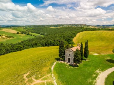 Chapel of Vitaleta (Cappella della Madonna di Vitaleta) in beautiful landscape scenery of Val d Orcia, Tuscany, Italy stock vector
