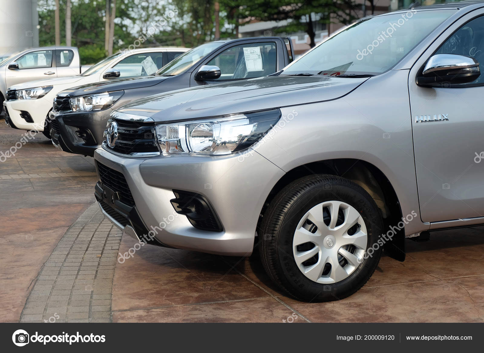 Bangkok Thailand May 2018 Row New Pickup Trucks Sale Toyota – Stock