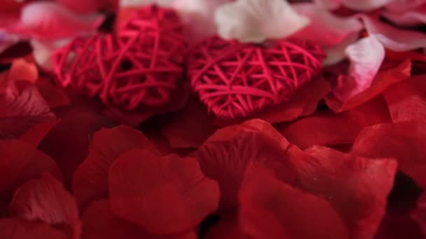 Valentin üdvözlő felvételeket díszítése szív és rózsaszirom gyűjtemény