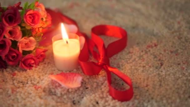 Csokor Rózsa, szalag és gyertya felvételeket Valentin napi kollekció