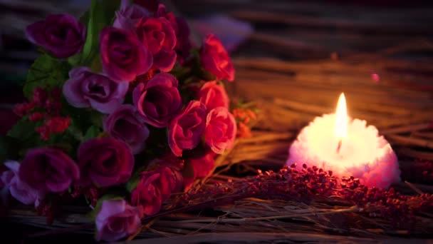 Filmmaterial zu verwischen, Dekoration Valentine Blumenstrauß und Kerze Sammlung