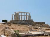 Fotografia Rovine del Tempio di Poseidone o Nettuno, a Capo Sounion, Attica, Grecia