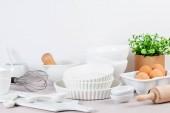 Fotografie Různé kuchyňské náčiní. Kuchařku a vaření třídy koncepce