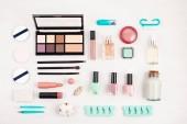 Makett smink feküdt a kozmetikai termékek és a Szegek ellátás, lapos, felülnézet. Nő szépség divat kép részére eladás, vásárlás, divat- és kozmetikai Blogok