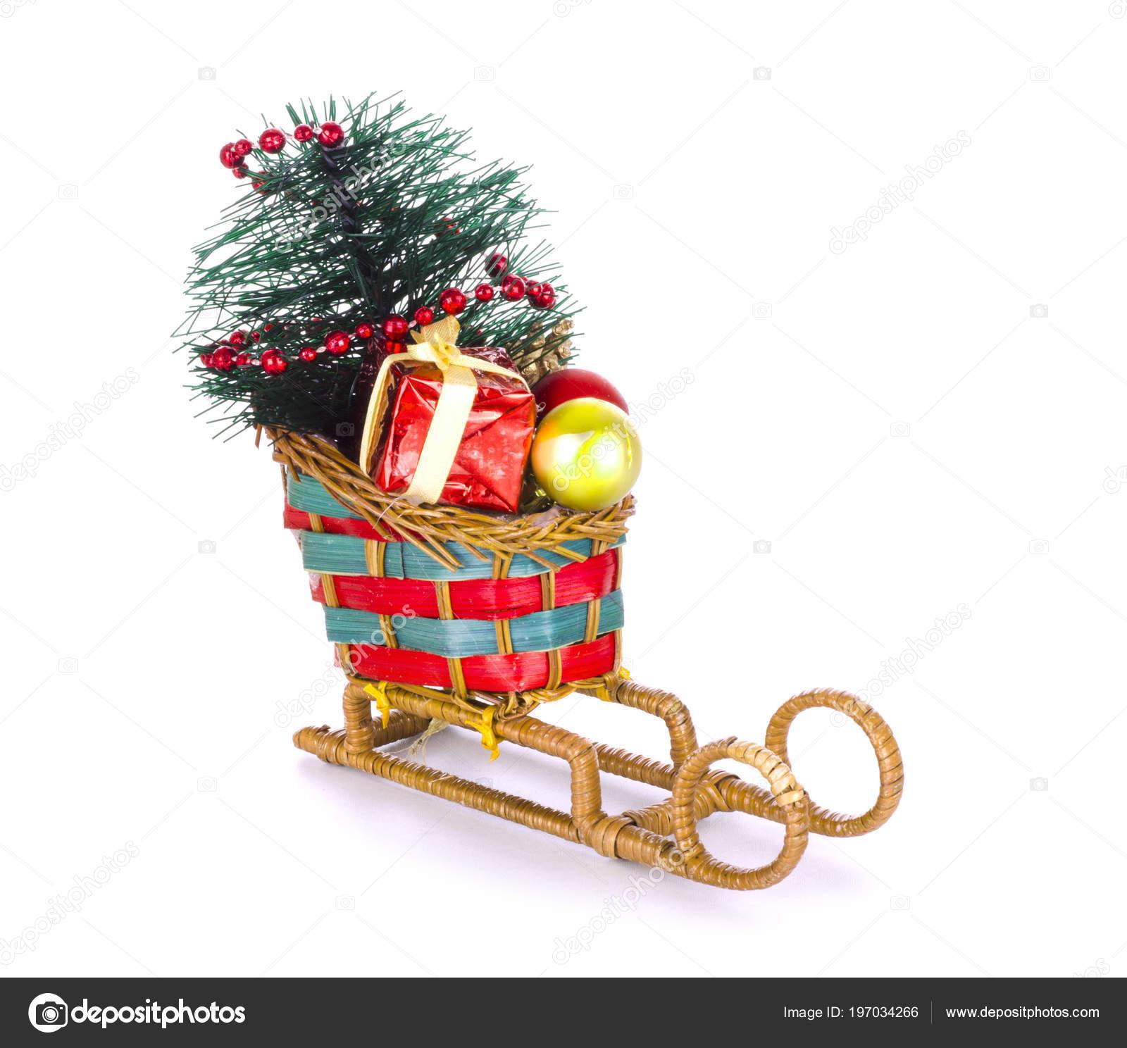 Weihnachts Schlitten Isoliert Auf Weiss — Stockfoto © helen2904 ...