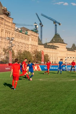 Football Park World Cup 2018 - sports games, quizzes and attractions for all residents and visitors to the capital. Young athletes play football on the Red Square.