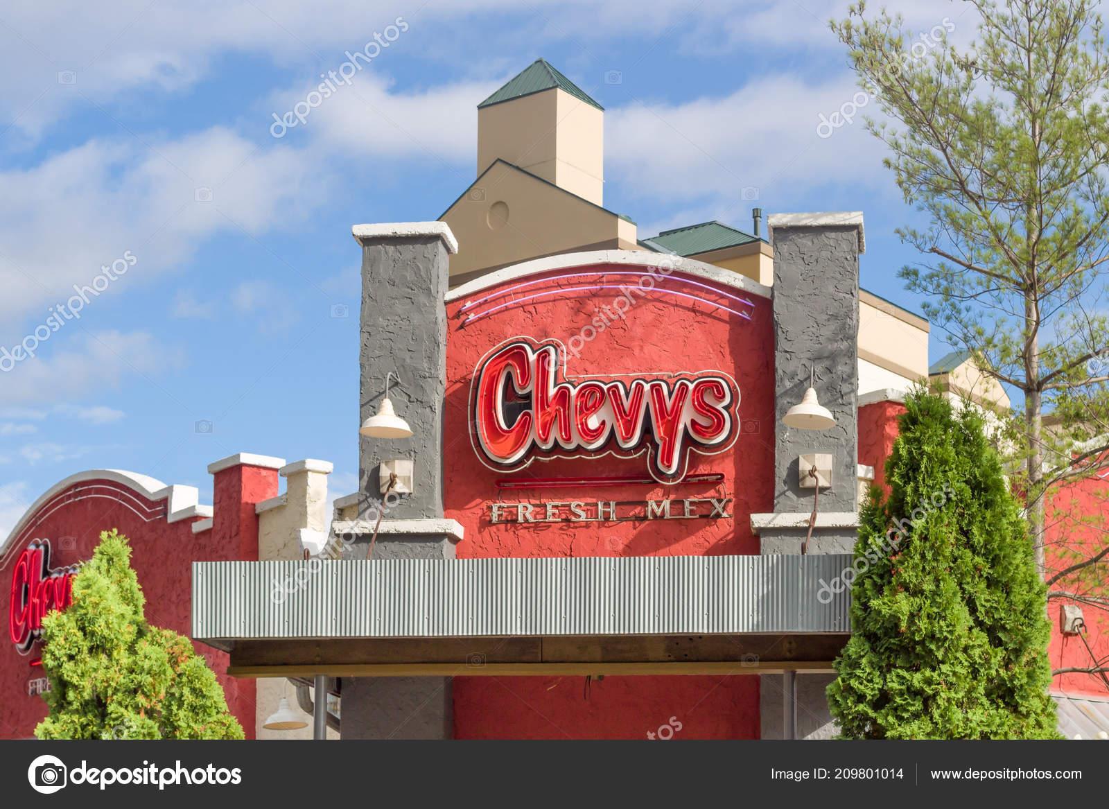 Bloomington Usa July 2018 Chevys Fresh Mex Restaurant Exterior Logo