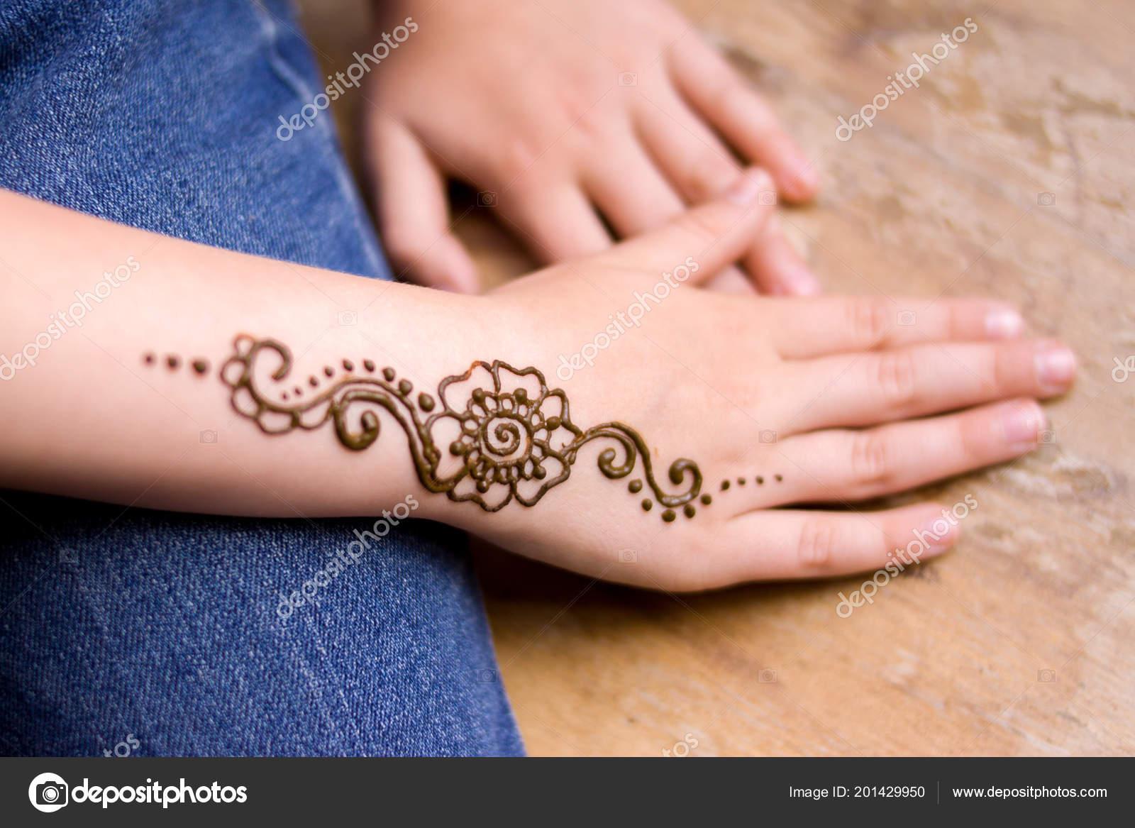 Beauty Concept Henna Tattoo Small Girl Hand Mehndi