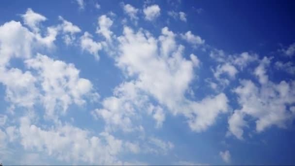 Zeit-Zeitraffer-Fotografie von bewegte Wolken in HD-Qualität mit 30 Bildern pro Sekunde