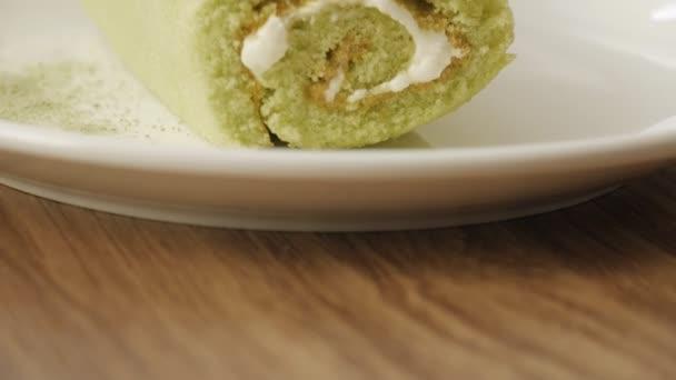 Matcha zelený roll dort na jídlo