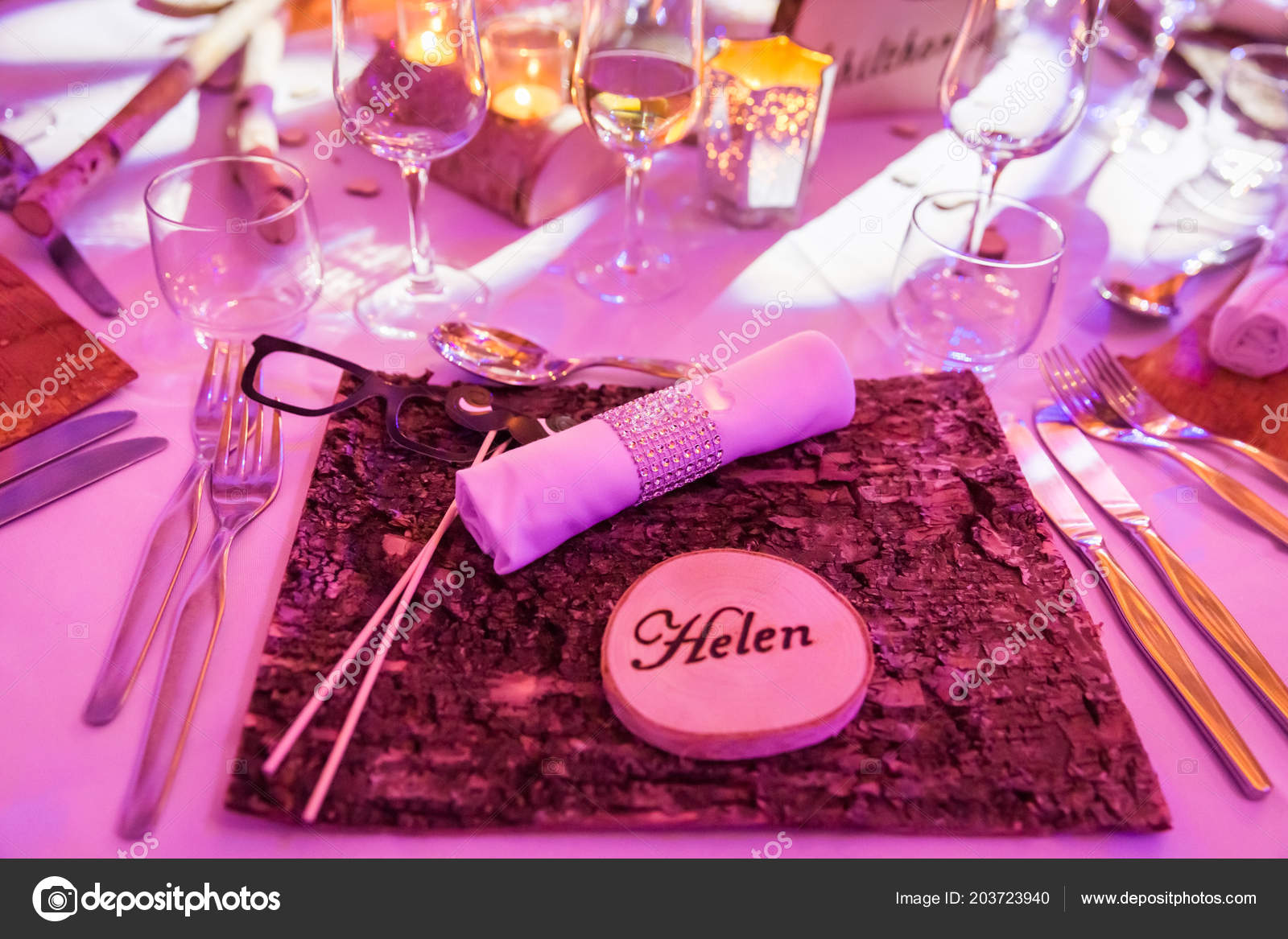 Helen Wedding Name Tag Wooden Table Decoration — Stock Photo ...