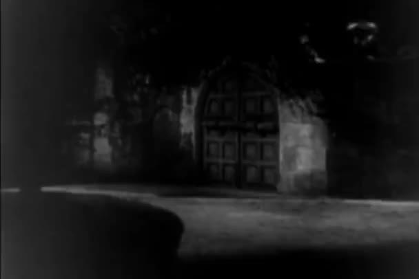 17th century reenactment of man shot at castle door