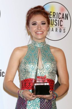 Lauren Daigle in the press room for 2018 American Music Awards - Photo Room, Microsoft Theater, Los Angeles, CA October 9, 2018. Photo By: Priscilla Grant/Everett Collection