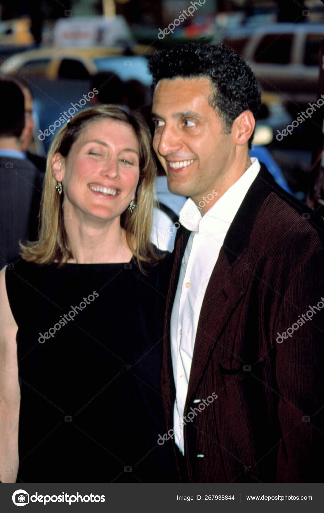 John Turturro Wife Katherine Borowitz Premiere Deeds 2002 Contino Stock Editorial Photo C Everett225 267938844
